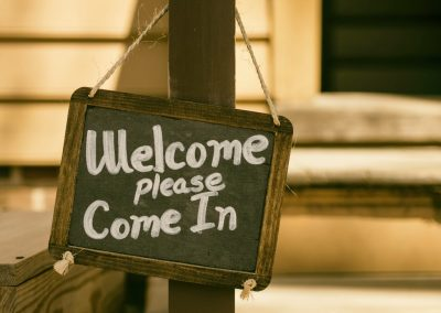 Welcome Please Come In